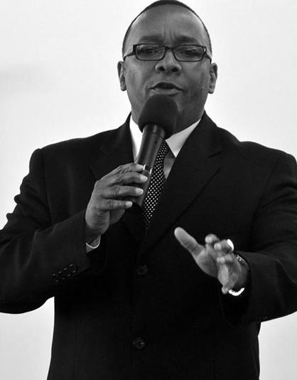 Pastor Diere Damon Glenn